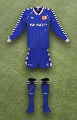 Trang phục thi đấu Manchester United mùa giải 1988 1989