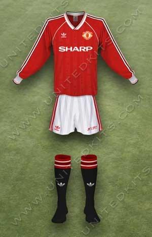 Trang phục thi đấu Manchester United mùa giải 1989 1990