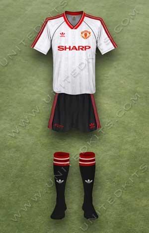 Trang phục thi đấu Manchester United mùa giải 1988 1989 sân khách
